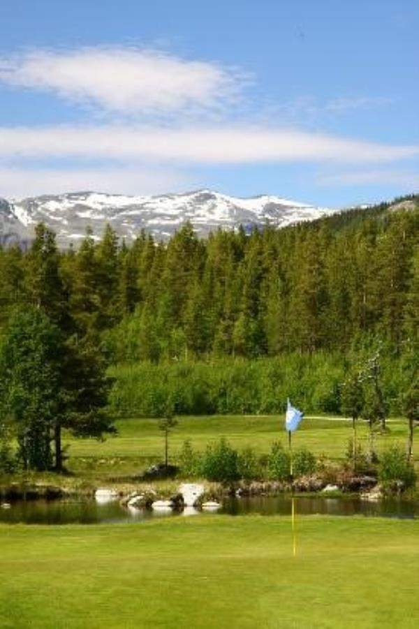 Hemsedal Golf Alpin.jpg
